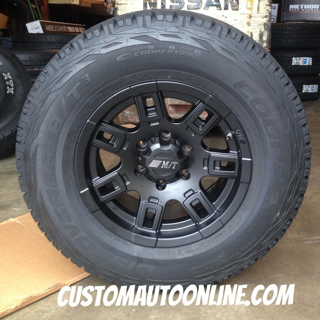 16x8 Mickey Thompson Sidebiter II Black - 255/70r16 Cooper Discoverer AT3
