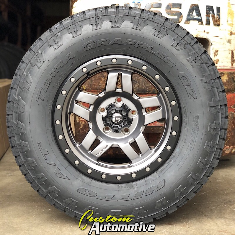 17x8.5 Fuel Anza D558 Anthracite with Black Beadlock - 285/70r17 Nitto Terra Grappler G2