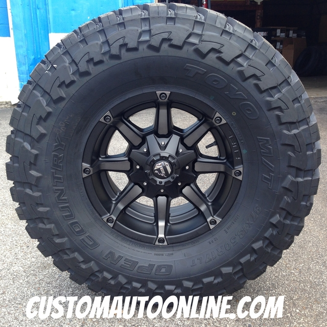 17x9 Fuel Coupler D556 Black with Dark Tint Machined - 37x13.50r17 Toyo Open Country MT
