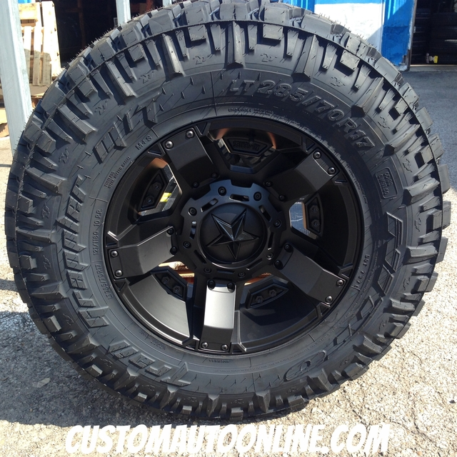 17x9 XD Rockstar II RS2 811 Black - LT285/70r17 Nitto Trail Grappler (6 ply)