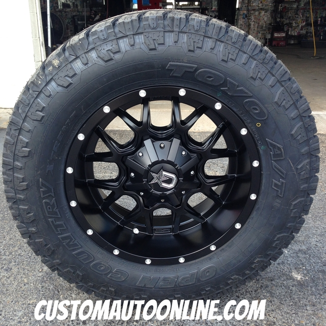 18x9 Dropstars DS645B Black - LT285/65r18 Toyo Open Country ATII Extreme