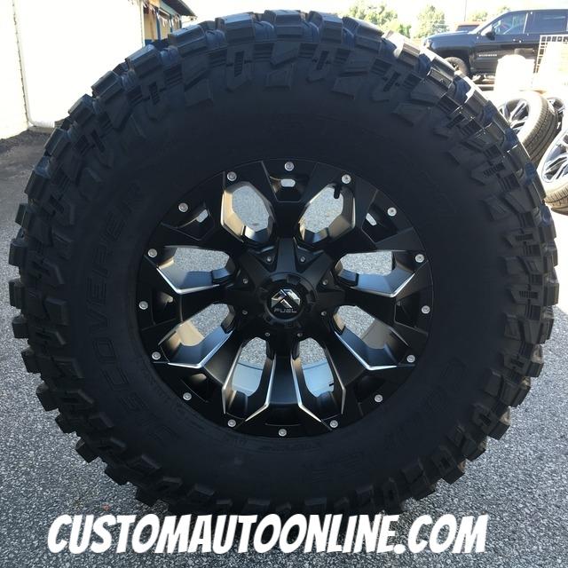 18x9 Fuel Assault D546 Black - 37x13.50r18 Cooper Discoverer Stt Pro