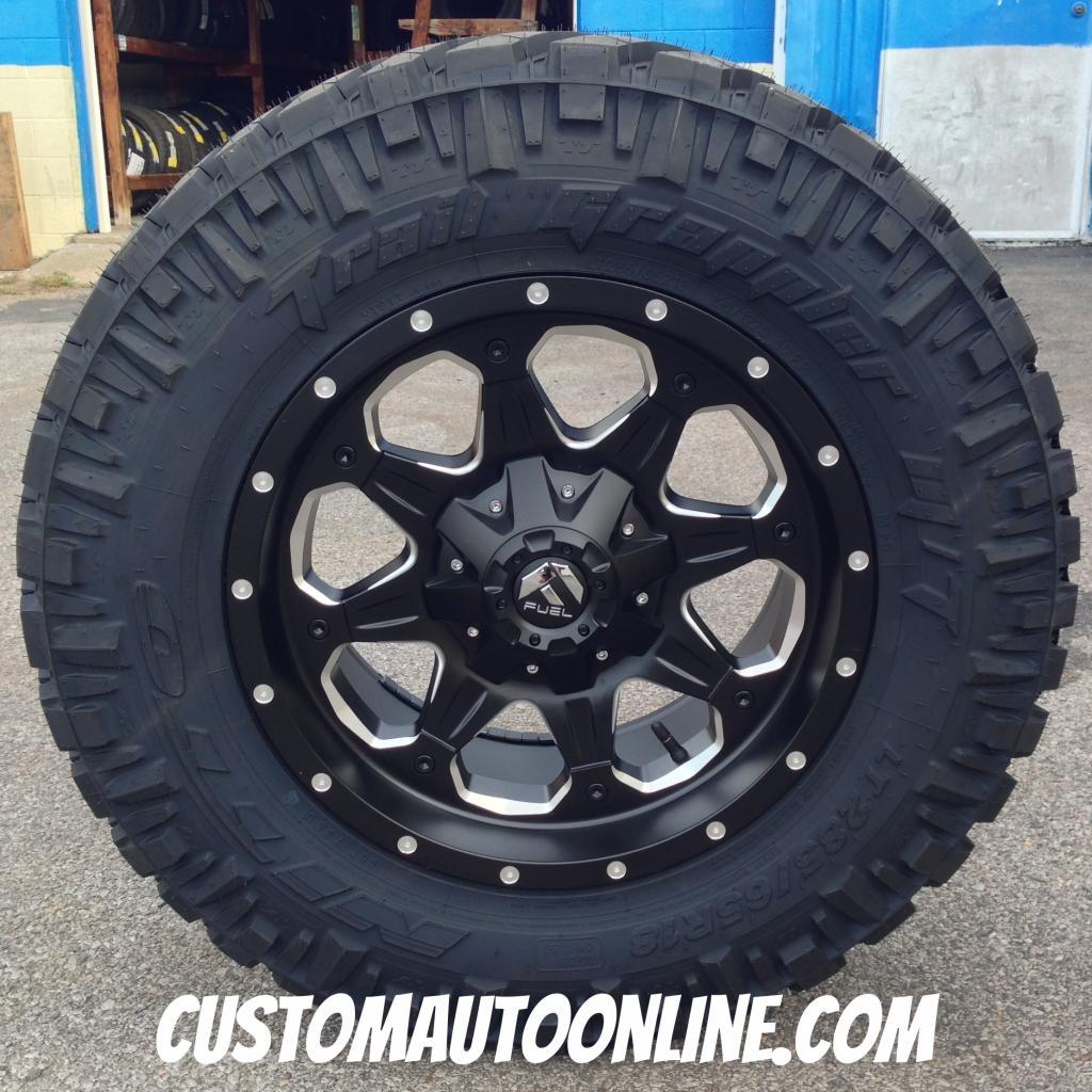 18x9 Fuel Boost D534 Black - LT285/65r18 Nitto Trail Grappler