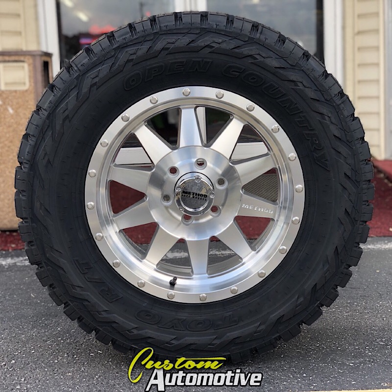 18x9 Method Standard 301 Machined - 33x12.50r18 Toyo Open Country R/T