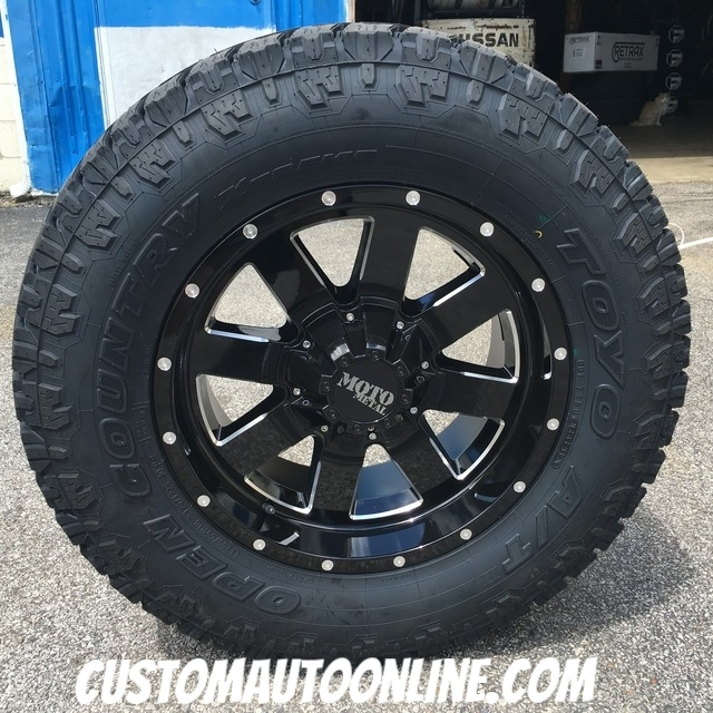 18x9 Moto Metal 962 Black - LT285/65r18 Toyo Open Country AT2 Extreme