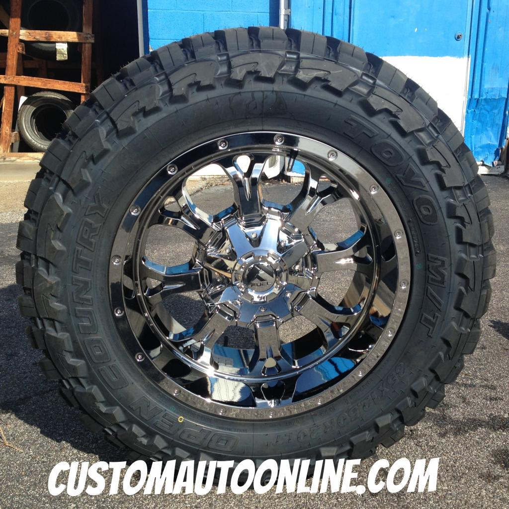 20x10 Fuel D527 Krank PVD Chrome - 35x12.50r20 Toyo Open Country MT