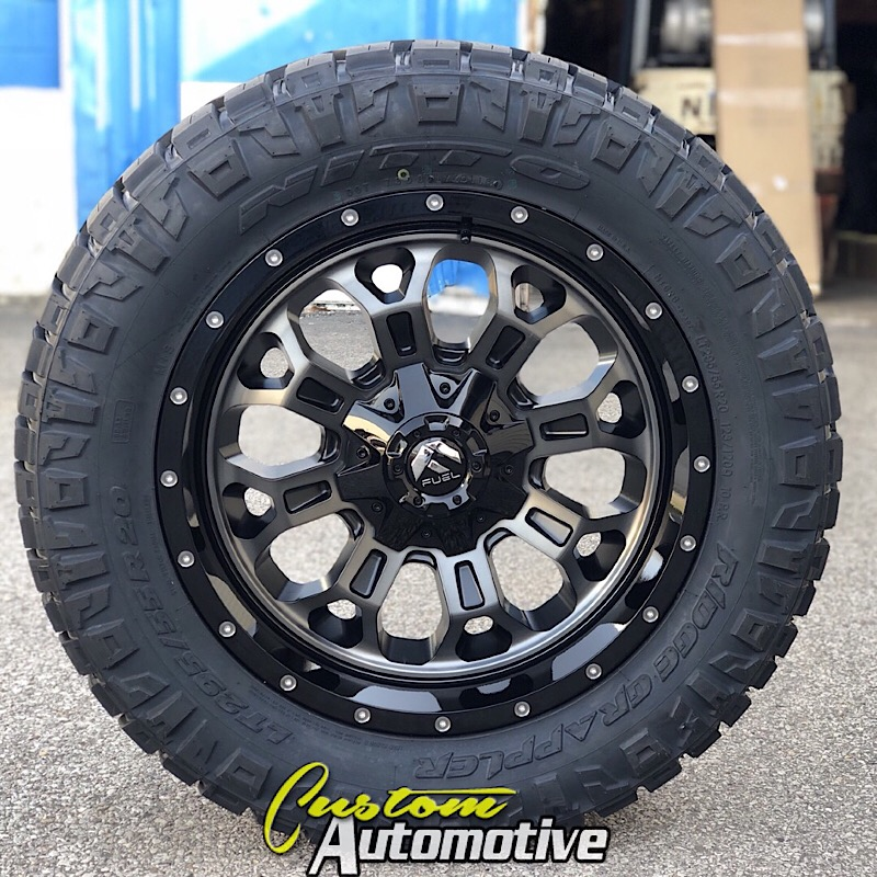 20x9 Fuel Crush D561 Black with Dark Tint Machined - LT295/55r20 Nitto Ridge Grappler