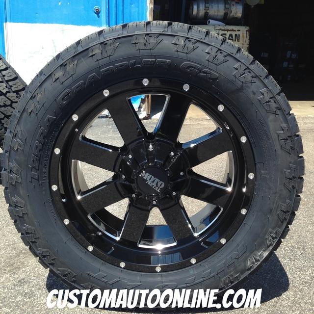 20x9 Moto Metal 962 Black - LT285/55r20 Nitto Terra Grappler G2