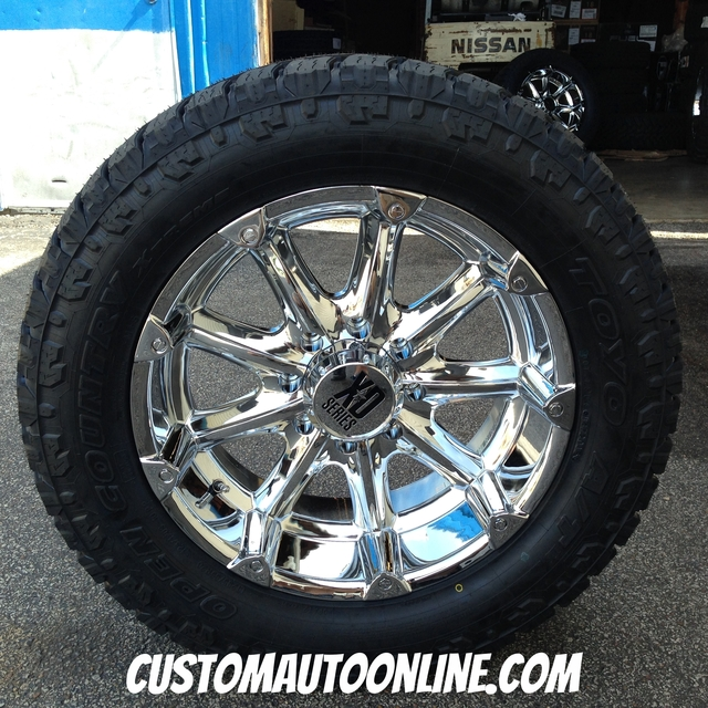 20x9 KMC XD Badlands 779 chrome - 295/55r20 Toyo Open Country AT2