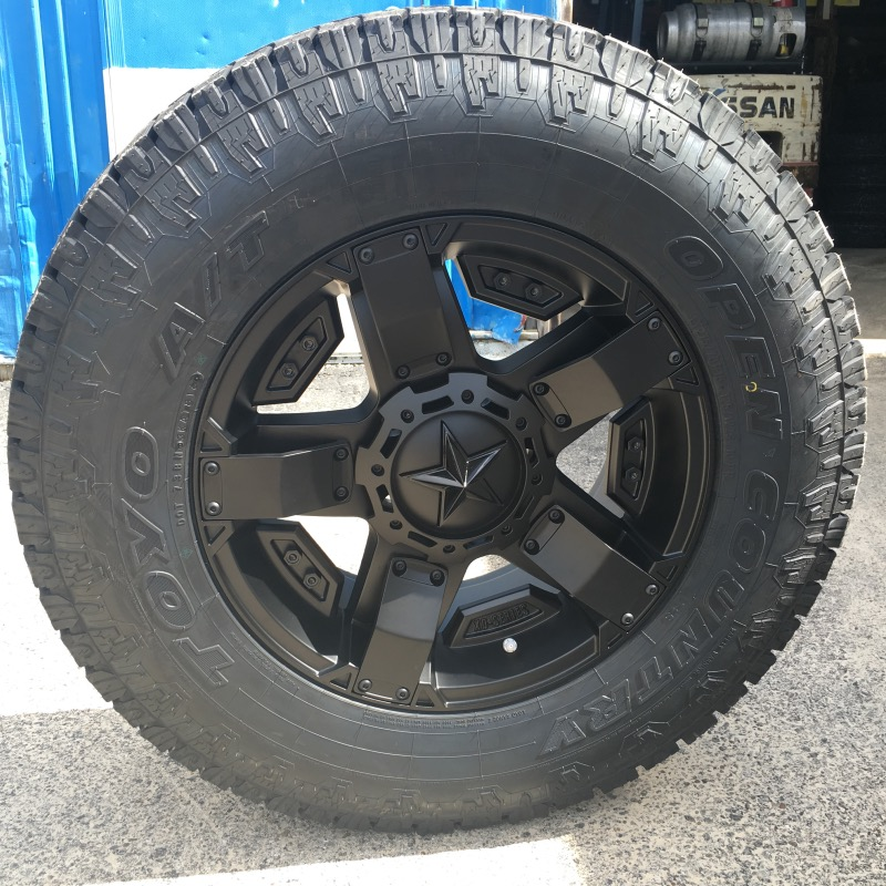 18x9 KMC XD Rockstar II RS2 811 Black - LT275/70r18 Toyo Open Country AT2