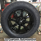 20x9 Fuel Coupler D575 Black - LT305/55r20 Toyo Open Country AT2 Extreme